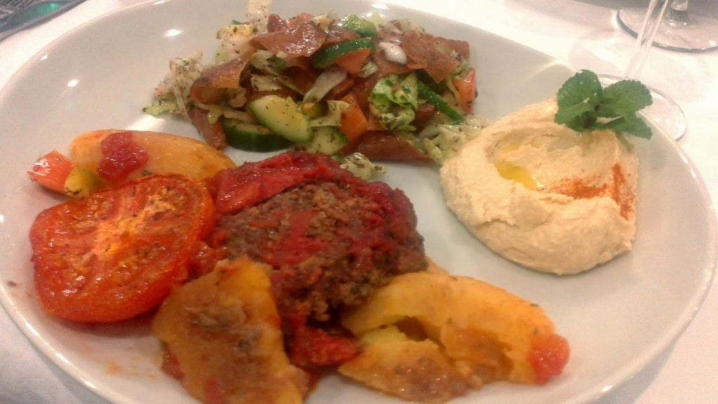 kafta et batata, salade fattouch