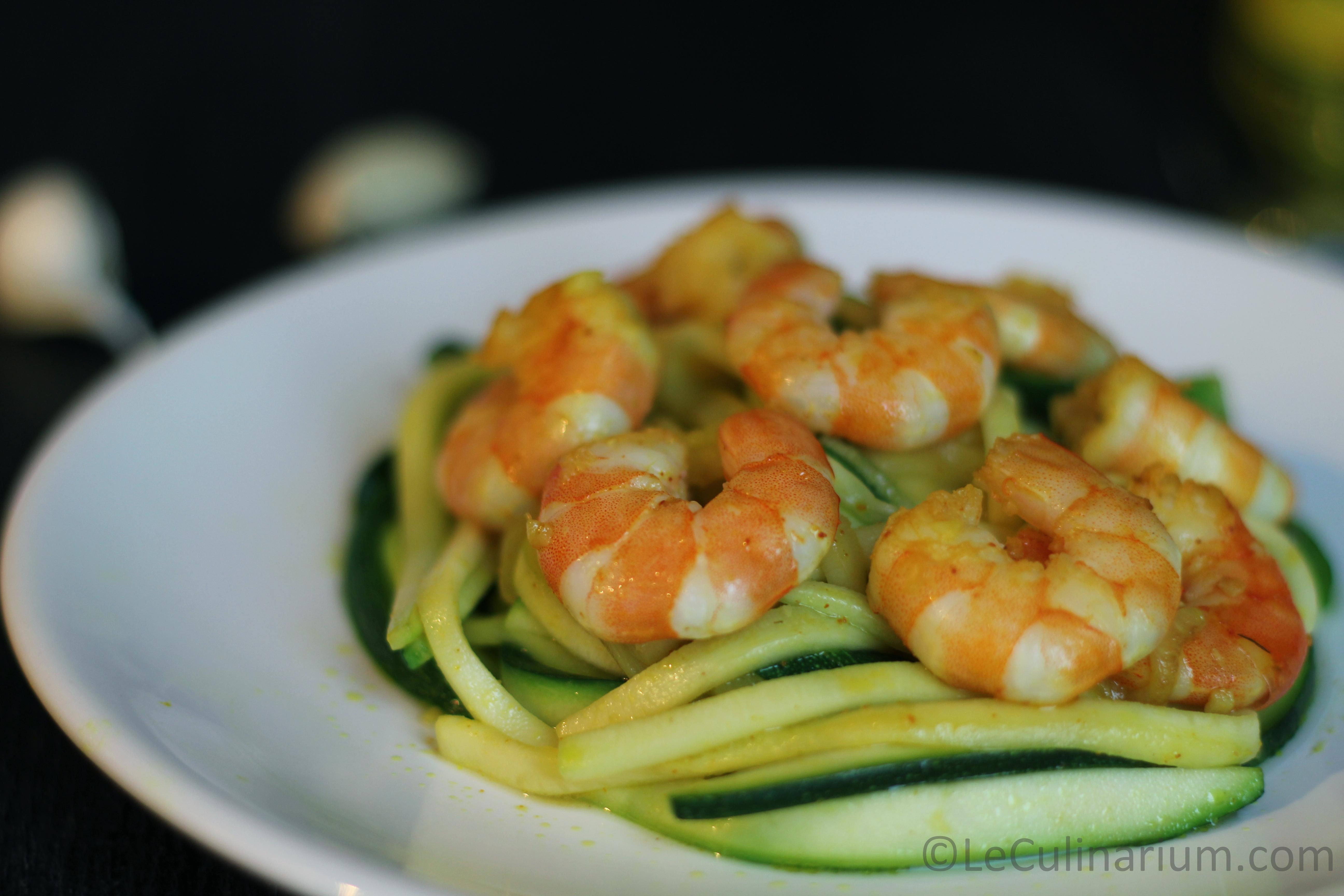 spaghetti courgettes crevettes curcuma copyright Leculinarium